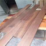 Plancher américain lisse de bois dur de noix de système de la qualité T&G
