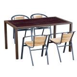現代良質の庭の屋外のテラスのプラスチック木製の上が付いているアルミニウム家具のコーヒーテーブルそして椅子