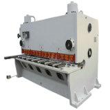 中国の工場10*3200mm油圧鋼鉄金属の打抜き機(せん断機械)