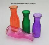 スプレーはガラスミルクまたはジュースのびんを着色する