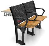 Mobília moderna da faculdade para o jogo da sala de aula da escola
