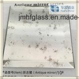 Зеркало античной мычки стеклянное