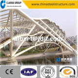 Particolare del ponticello della struttura d'acciaio del tubo