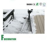 Assoalho composto plástico de madeira contínuo resistente do Decking do baixo custo do tempo