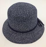 PUの接続する革王冠バンドが付いている方法女性のペーパー麦わら帽子の広い縁(Sh060)