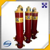 Dianteiro-Derrubando o cilindro hidráulico da cubeta para a venda