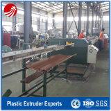 Machine en bois d'extrusion de production d'extrudeuse de profil de fenêtre du plastique WPC de PVC