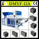 Machine de fabrication de brique mobile hydraulique de bloc concret, machine de moulage de brique à vendre