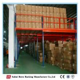 Dessus de vente chaud neuf de mémoire d'entrepôt de 2016 Chine des escaliers en acier de mezzanine