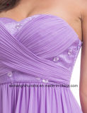 A dama de honra elegante do casamento veste o vestido Strapless Chiffon longo do império