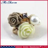 Двойной белый Rhinestone перлы цветет большие обручальные кольца