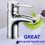 Garanzia di cinque anni della stanza da bagno del bacino del rubinetto del colpetto d'ottone solido del bacino (GL35401A54)
