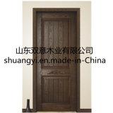 Porta de madeira pura elegante
