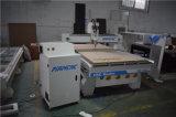 Incisione del legno ad alta velocità che intaglia il router di CNC con la struttura pesante