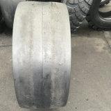 11.00-20 Reifen des Rüstungs-glatter industrieller Reifen-OTR für Straßen-Rolle