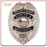 Emblema de polícia de metal banhado a ouro personalizado para agente de segurança privada