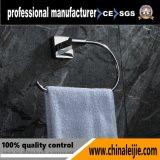 Insiemi sanitari degli accessori della stanza da bagno dell'anello di tovagliolo dell'acciaio inossidabile