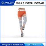 Manicotto del ginocchio di sport con le misure del rilievo del silicone per il Patalla strettamente