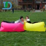 Sofá inflável confortável da sala de estar do ar da banana para ao ar livre