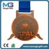 熱い販売によってカスタマイズされる金属のスポーツメダル