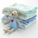 Manta gruesa del sueño del bebé o manta de la rodilla