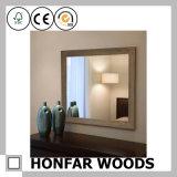 Рамка зеркала классической серой законченный ванной комнаты деревянная