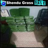 装飾のための25mmの緑色のプラスチック草