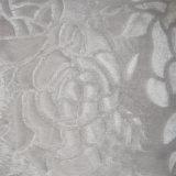 날실에 의하여 뜨개질을 하는 직물의 폴리에스테