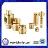 歓迎されたカスタム異なった種類の黄銅のCNCによって機械で造られる部品