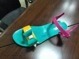 V形PVCゼリーは注入機械に蹄鉄を打つ