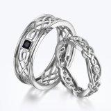 De zilveren Ringen van het Paar van de Diamant van het Knipsel