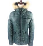 2016新しい設計されていた高品質の女性のパッディングのジャケット