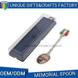 Cucchiaio impresso su ordine del ricordo del metallo di marchio con il contenitore di regalo
