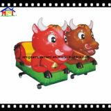 Gado dos desenhos animados do passeio do Kiddie das crianças do divertimento