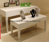 引出しの滑走を用いる白いカラーテーブル