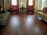 積層のフロアーリングの高品質の床