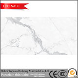 Hohe glatte dünne glasig-glänzende Porzellan-Platte-Fußboden-Wand-Polierfliese