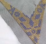 トリミングで縫うハンドメイドカラービードのトリム