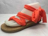 方法および簡潔で純粋なストラップが付いたジュートの女性Sandals (23LG1713)