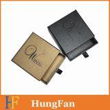 Accettare l'ordine su ordinazione che fa scorrere la casella di carta del cassetto
