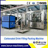 Máquina tampando de enchimento engarrafada plástico da bebida Carbonated da pequena escala