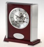 Horloge squelettique en bois de mantel de piano romain de cadran