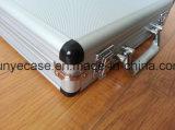 Boîte à outils d'alliage d'aluminium avec la mousse et le sac de coupe-circuit