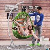 庭のハングの卵の椅子の屋外の藤の振動柳細工の振動家具(D014A)