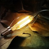 LEDのフィラメントの球根E14の蝋燭の電球のエジソンの球根