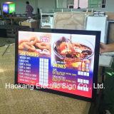 Cadre acrylique magnétique en aluminium d'éclairage LED de menu pour des panneaux-réclame de bière