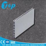 Comitato composito del favo di alluminio rivestito di PVDF per i tetti del metallo