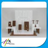 Exibição de jóias em madeira de moda personalizada