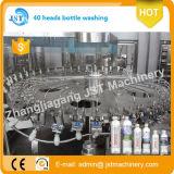 Fabricación embotelladoa del agua automática llena produciendo la máquina