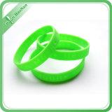 Nuovo Wristband del silicone di modo di disegno personalizzato fabbrica